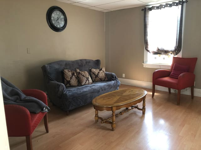 Inclusive Furnished Central Apartment