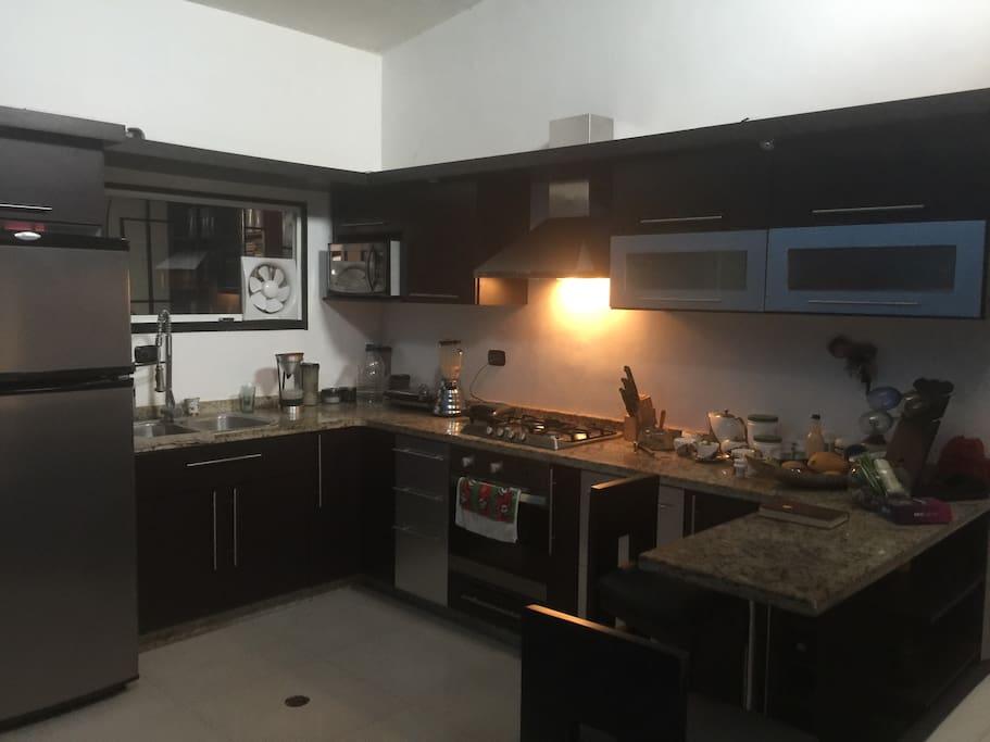 esta es la cocina que podrás utilizar con sus utensilios