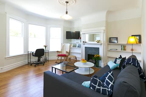 Charming Edwardian Castro District 1BR Apartment