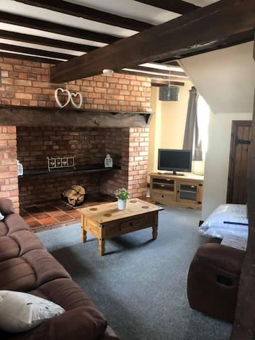Brookside Barn Holiday Cottage Lichfield