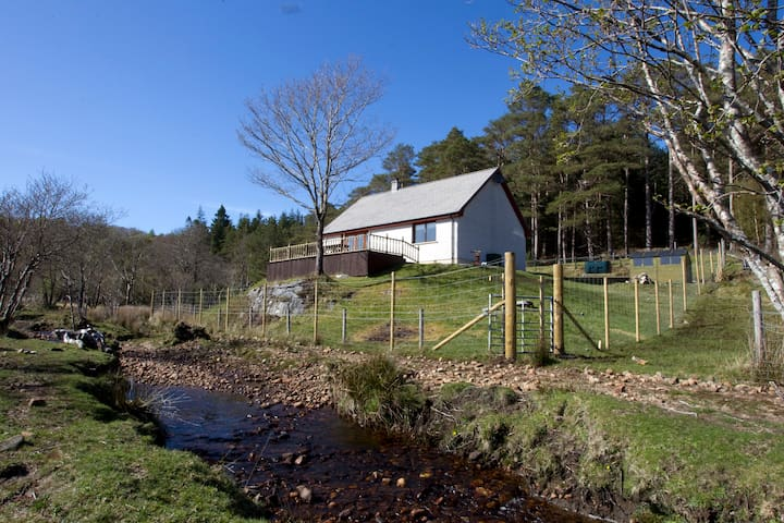 Woodside Holiday Let (Ardnamurchan) - Dalnabreac