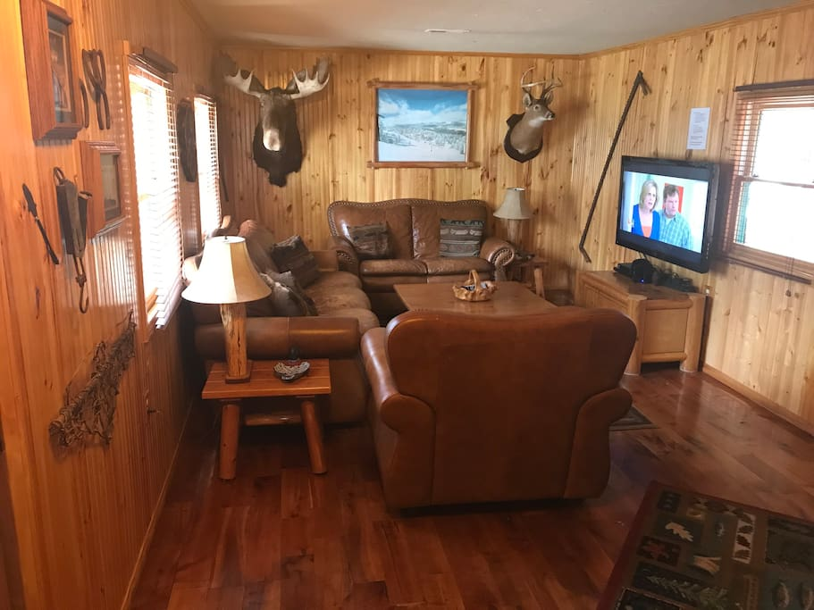 Big Bear Log Cabin With Hot Tub Blockh Tten Zur Miete In