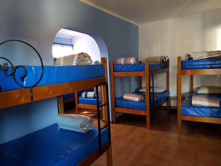 Dormitorio Luden 3 Hostel La Hoyilla