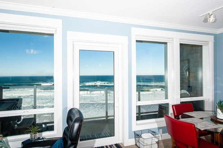 No Worries Mate - Top Floor Oceanfront Condo, Wifi
