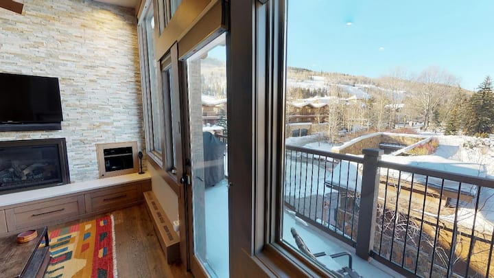 Modern & Clean Condo! Next to Vail Mtn + Lifts