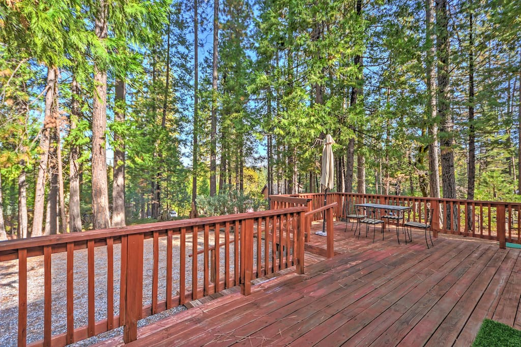 The 2-bedroom, 1.5-bathroom home for 7 features a spacious deck.