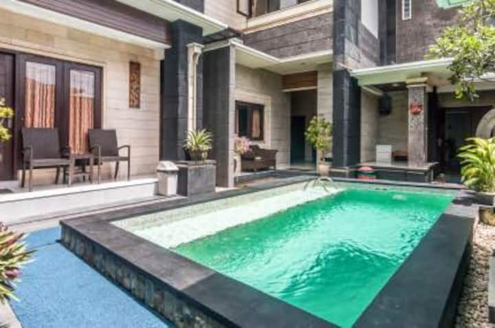 Denays Bali,Close to Jimbaran Beach and Airport