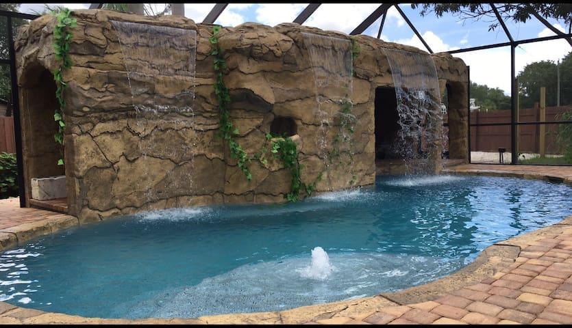 cabana joes, one of Punta Gorda best kept secrets