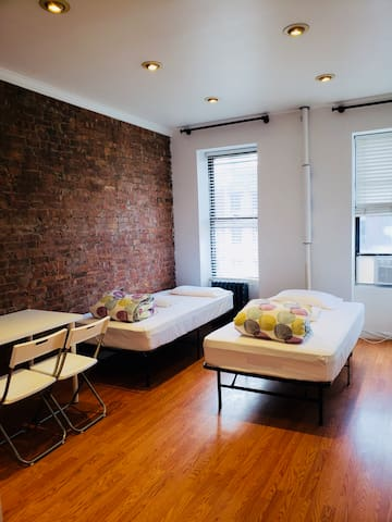 Private 3C Room in 4BR/2BA APT in Hell's Kitchen