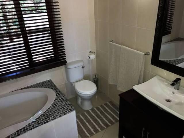 The Garden Venue - Deluxe Suite