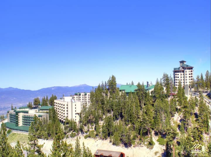 Ski In/Out Heavenly Stagecoach 1Bed Condo Feb 6-13