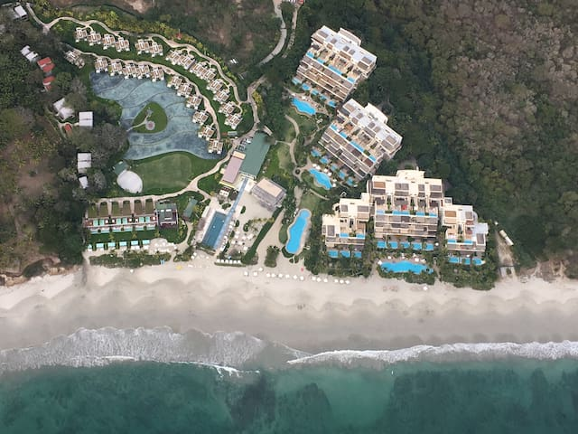 Luxury Open Concept Beach Front Condo