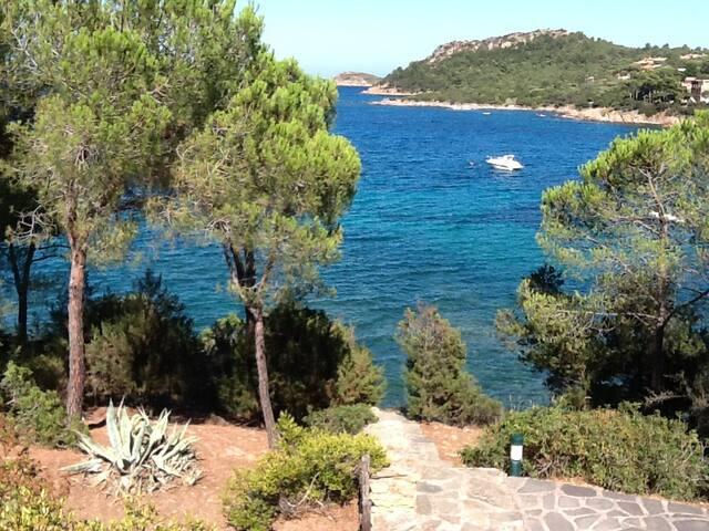 Villa sul mare a S.Teodoro Sardegna Capo C Cavallo