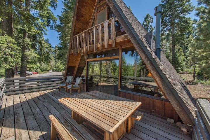 Tahoe City Classic*Pet-Friendly*Walkable*Reidy