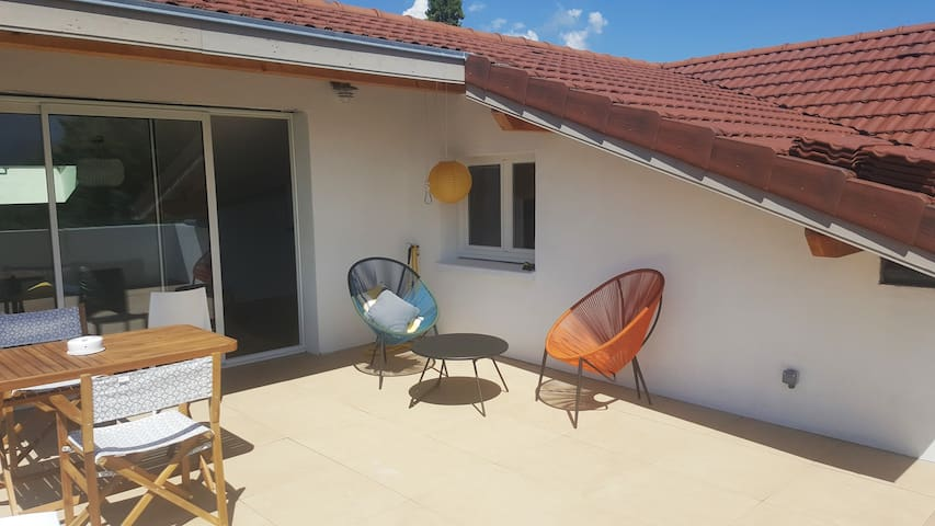 Appartement 65 m2 et terrasse 26 m2 vue imprenable - Montbonnot-Saint-Martin - Apartemen