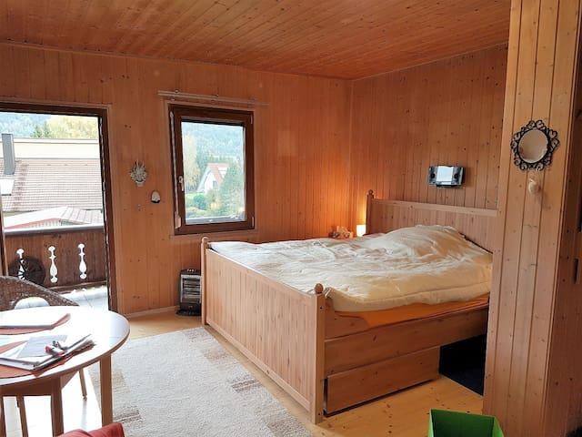 Ferienwohnungen CASA Rosita (Beilngries), Ferienwohnung 2 in rustikalem Ambiente mit Balkon