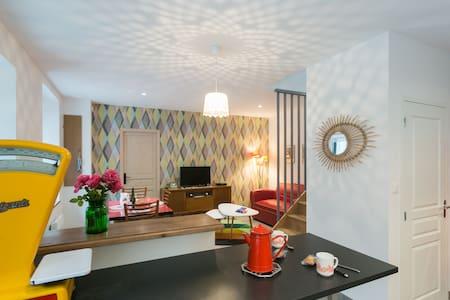 """""""Chez tante Anne"""", maison à la déco vintage ***"""