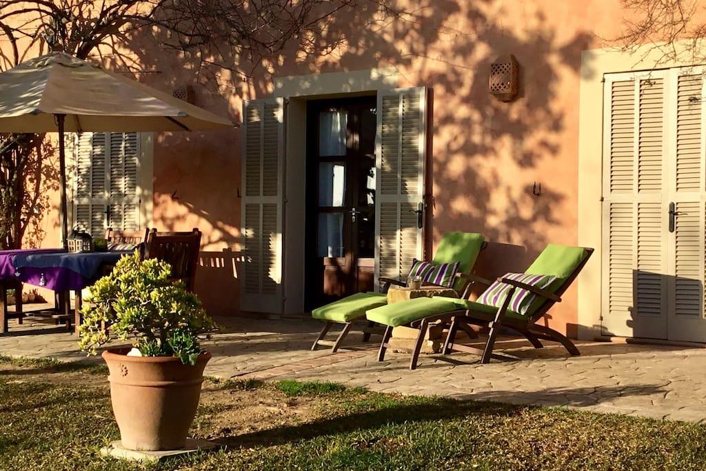 casita rocco oase der entspannung appartements louer lloret de vistalegre illes balears. Black Bedroom Furniture Sets. Home Design Ideas