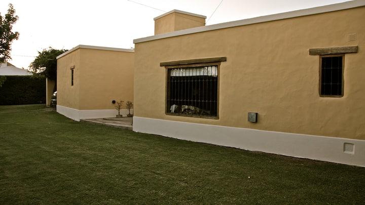 Casa con parrilla y piscina