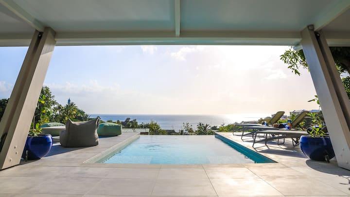 Villa 4* avec piscine et vue mer exceptionnelle