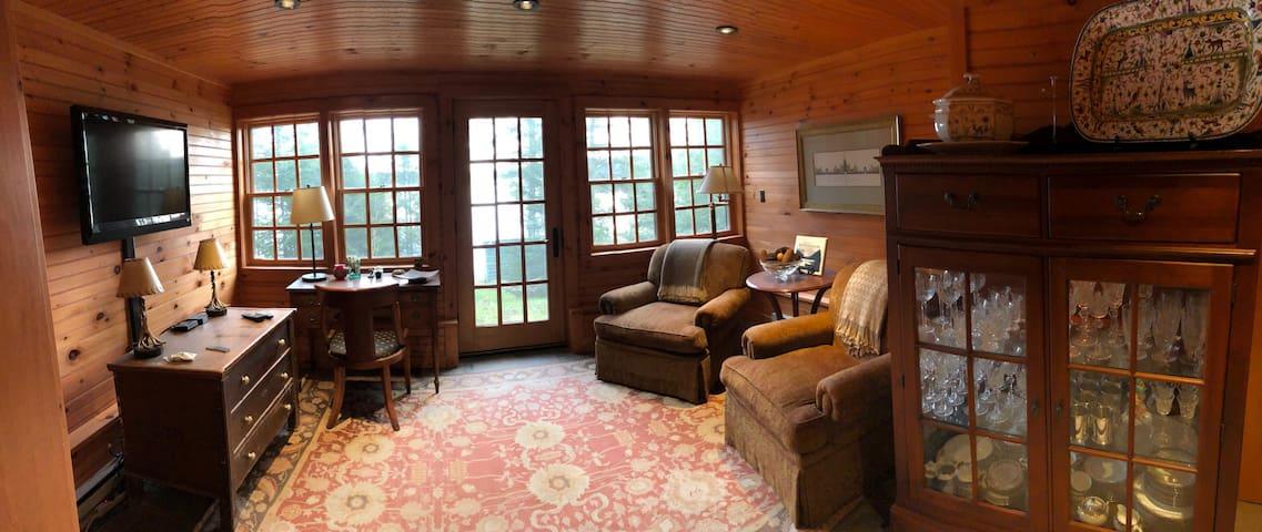 Two Bedroom Guest Suite - Camp Runamok