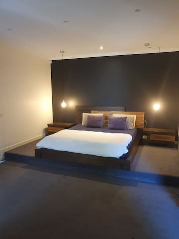 Modern Resort style large 1 bedroom with ensuite.