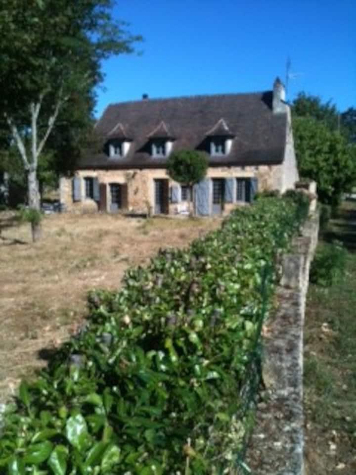 Belle périgourdine sur 2 hectares près de Trémolat