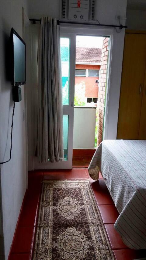 Kitnet em Angra dos Reis - RJ Verolme (leb)