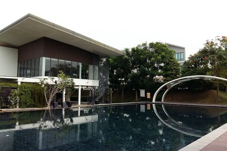 Private Room @ Sunway Eastwood (Big bed) - Kuala Lumpur