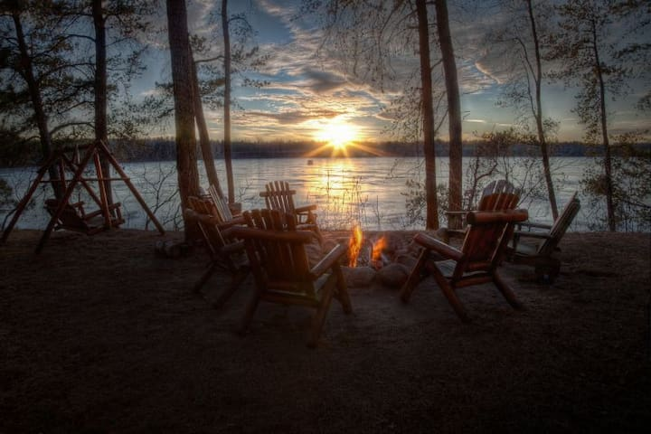 Private Lakehome with stunning sunsets near Nisswa - Pequot Lakes - House
