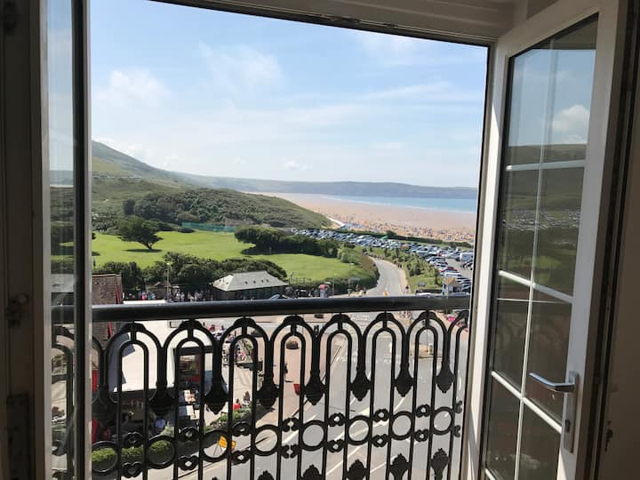 Woolacombe Sea view, sleeps 5/6, beach on doorstep