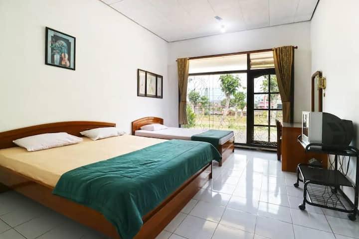 Nice Standard Room at Vanda Villa