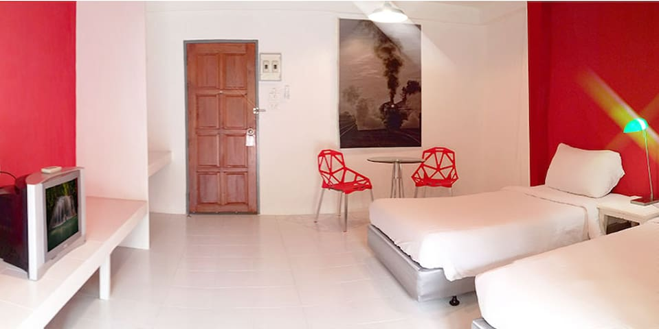 Deluxe room at Thung Song Junction Railway Station - Nakhon Si Thammarat - Wohnung