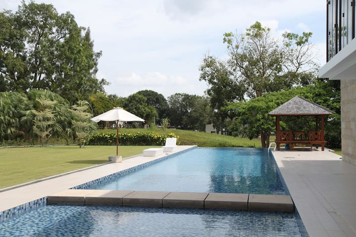 Luxury Private Resort Stay - Gelang Patah - Hus