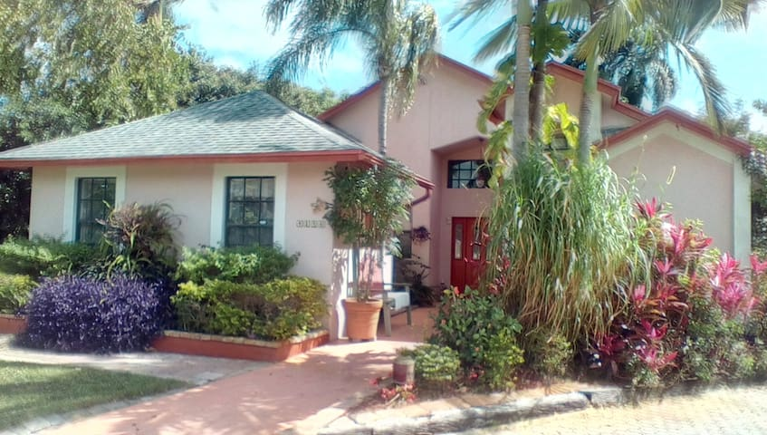 Lake Worth home close to everything - Lake Worth - Dom