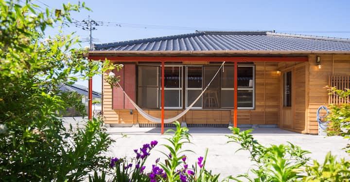 FUJIYA HOSTEL/甑島のデザインホステル/海まで徒歩1分/KITAGOCHI