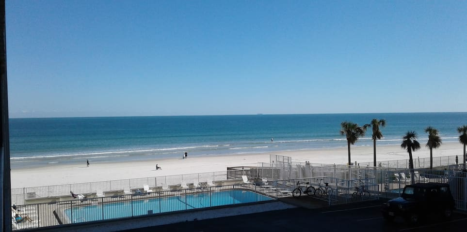 Amazing Beachside Balcony  Apartment. On the Beach - Daytona Beach - Apartment