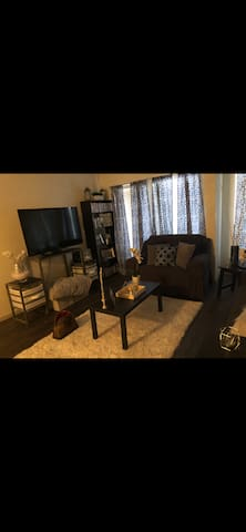 Cozy One Bedroom/One Bath - Central City Living