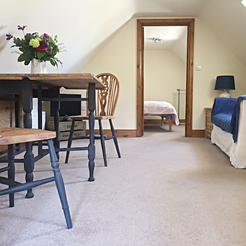 Loft Apartment at the foot of the Blackdown Hills