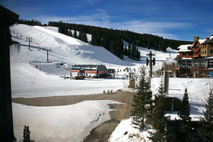 Location!  ski in/out slopeside - Copper Mountain - Apartemen