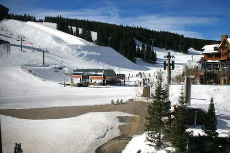 Location!  ski in/out slopeside - Copper Mountain