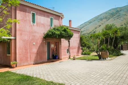 Lito Villa, Elegant Villa near Famous Myrtos Beach
