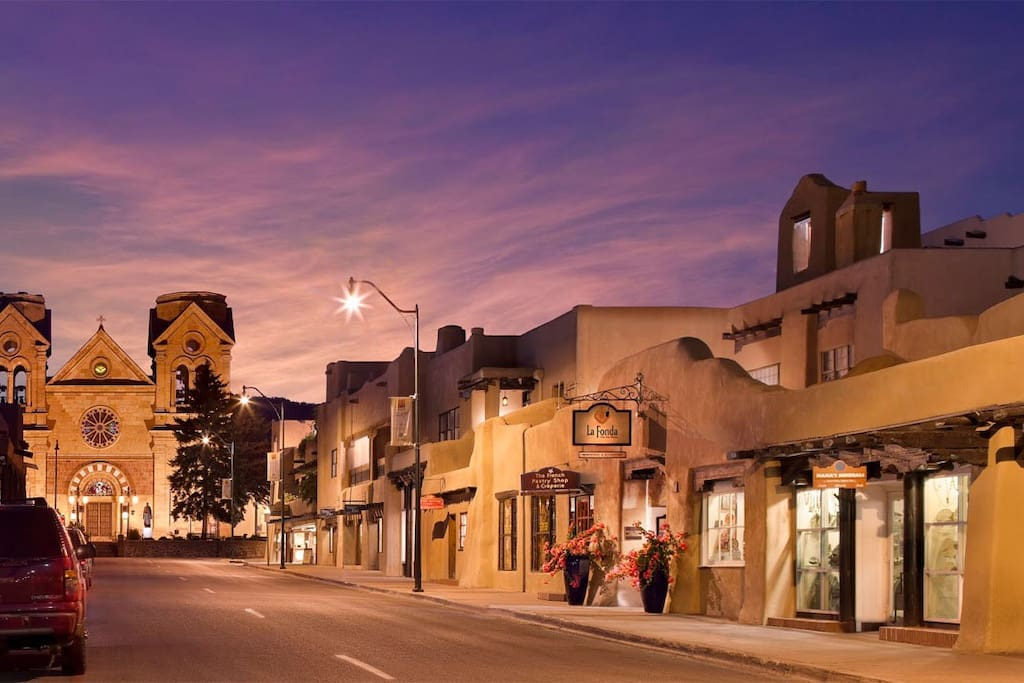 Minutes from downtown Santa Fe!