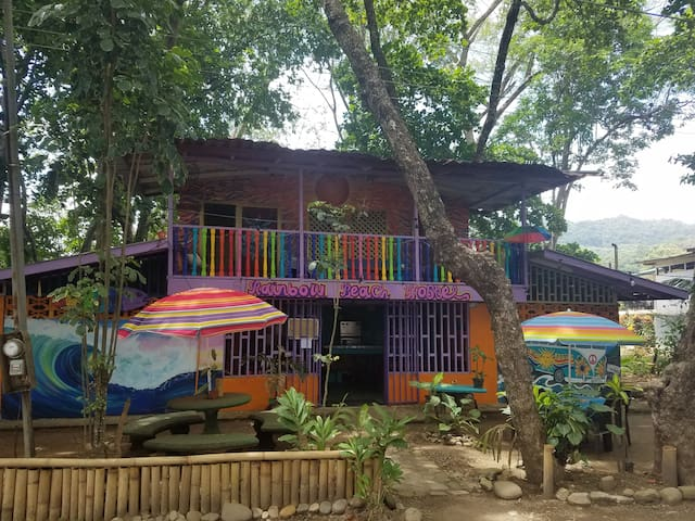 Rainbow Beach House, Love lives here, welcome all