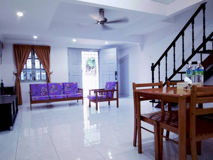 Bayou Homestay Bukit Katil Melaka