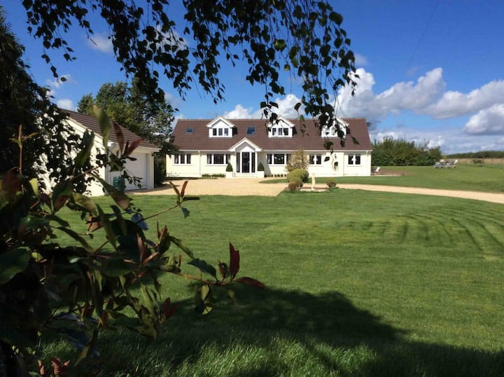 Stylish 5 bed house in rural Dorset