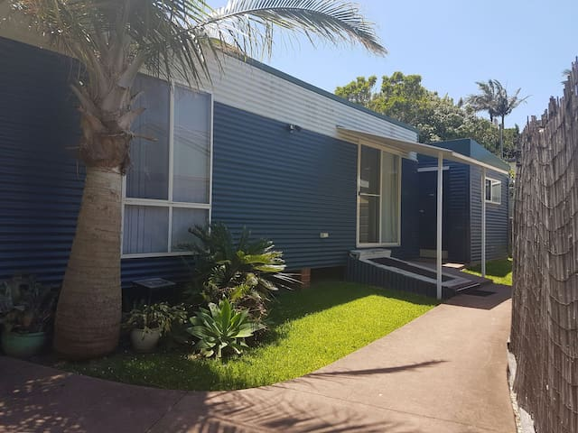 JR's Bungalow Coffs Central - Coffs Harbour - Apartemen