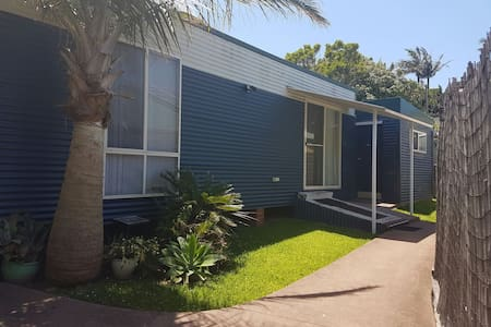 JR's Studio Apartment Coffs Central - Coffs Harbour - Apartment