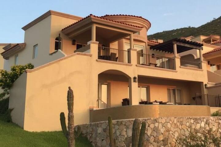 Luxury Montecristo Estates Villa & ocean views