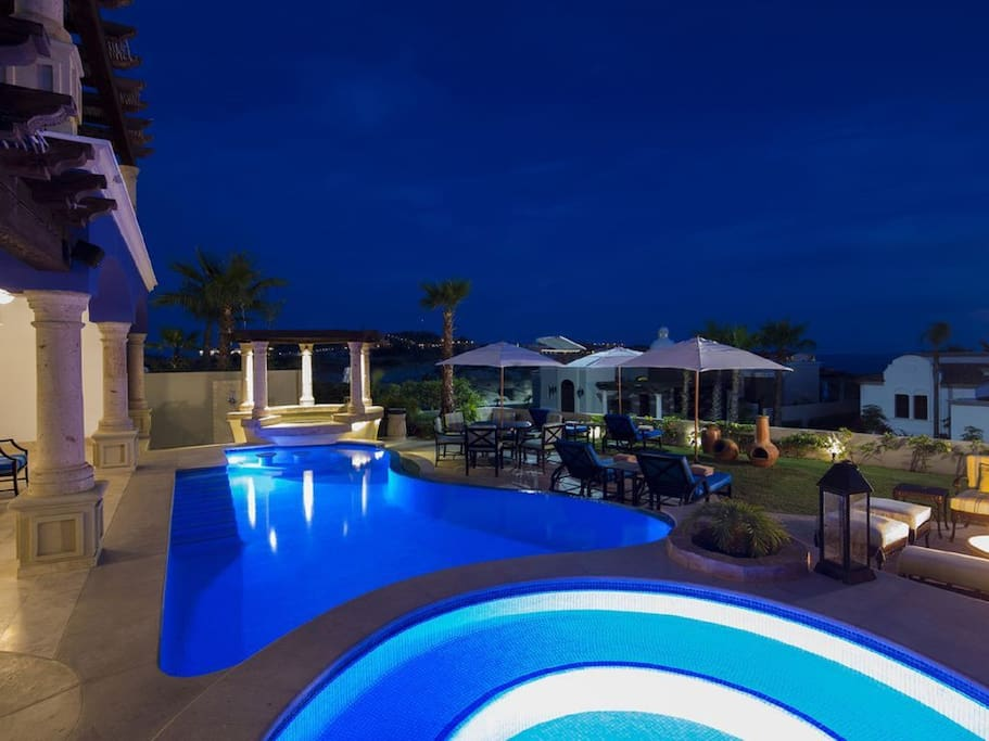 Our private pool, hot tub and swim-up-bar. Plug in your smart phone to listen to some music while tanning!